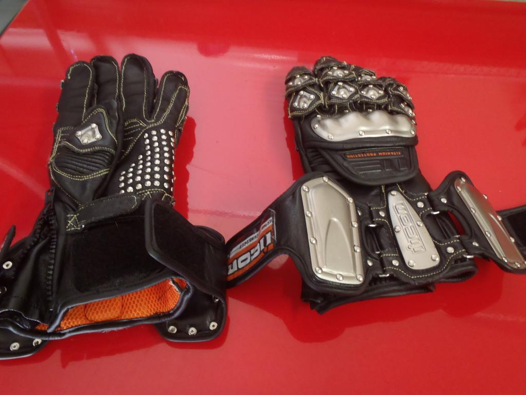 Leather gauntlet driving gloves -  Gauntlet Motorcycle Gloves Gloves