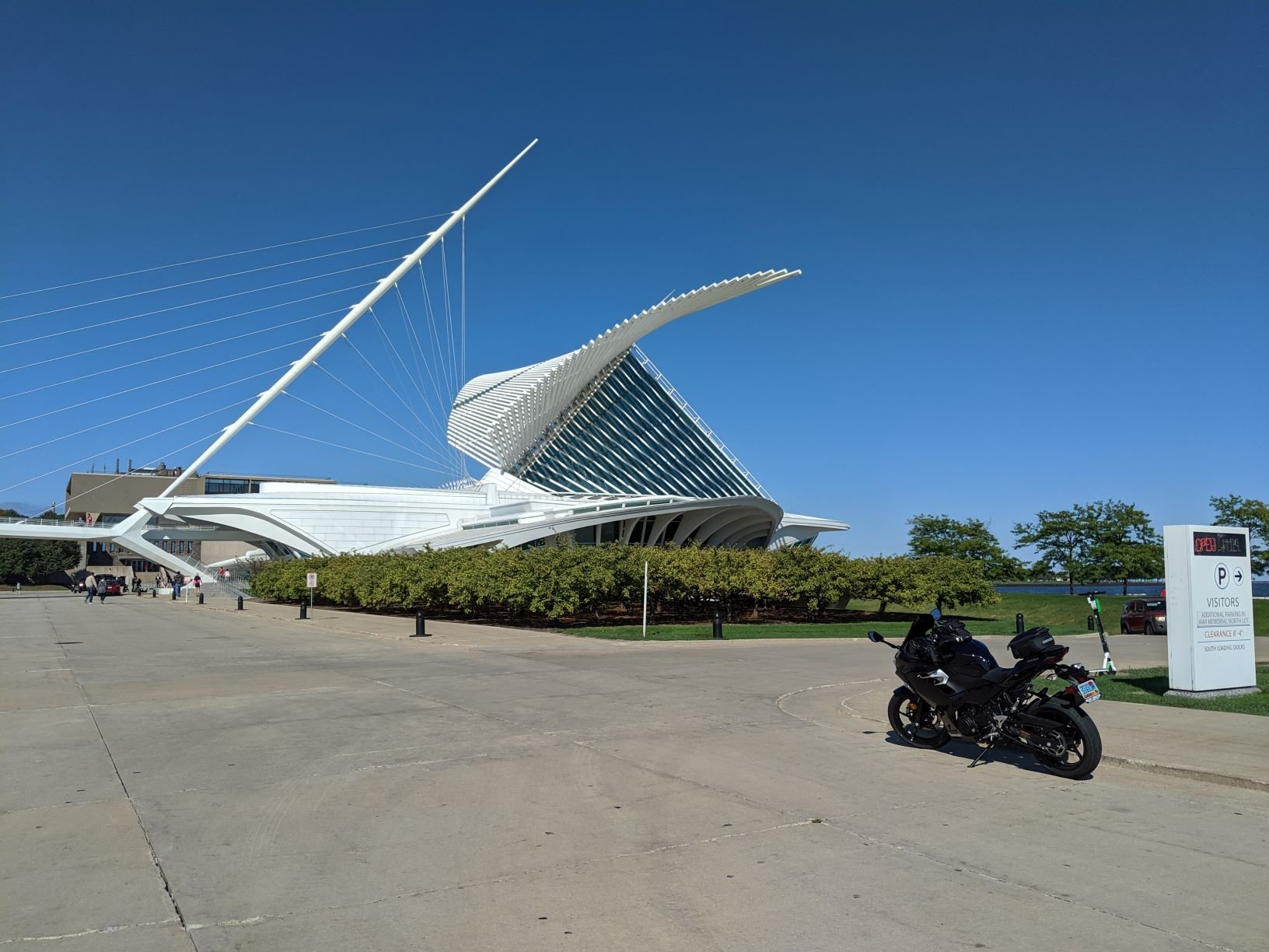 Milwaukee Art.jpg